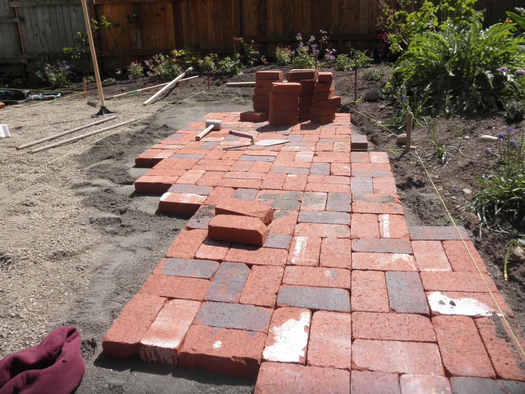 Pioneer used brick pavers artisan masonry for Uses for a brick