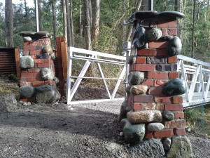 woodland columns